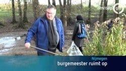Burgemeester-Bruls-ruimt-op.jpg