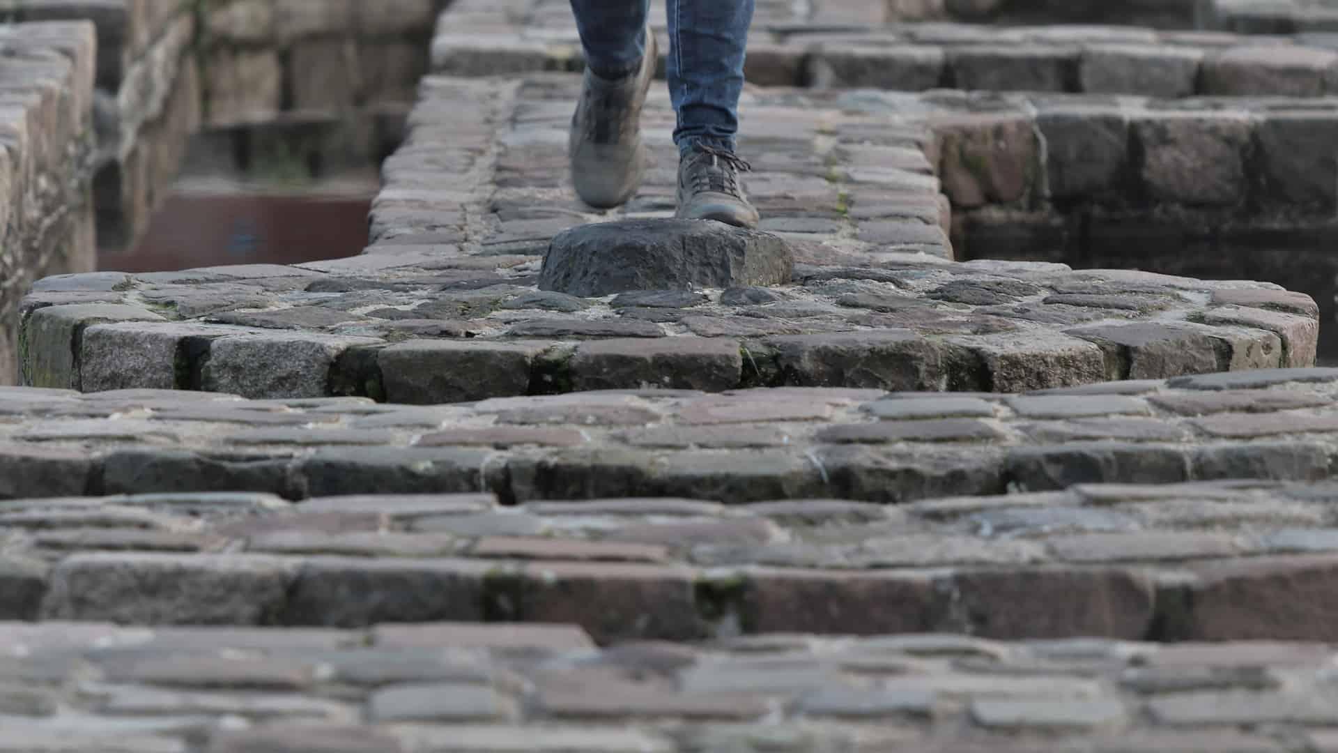 Labyrint Waalkade Nijmegen Pelgrimsroute Walk of Wisdom door Paul Spierings